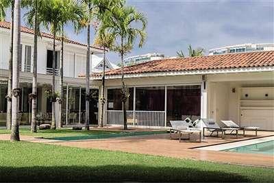 小罗在租房信息网上展示的别墅全景。